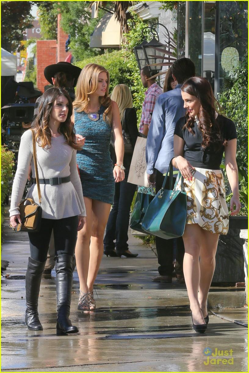 shenae jessica annalynne 90210 filming 17