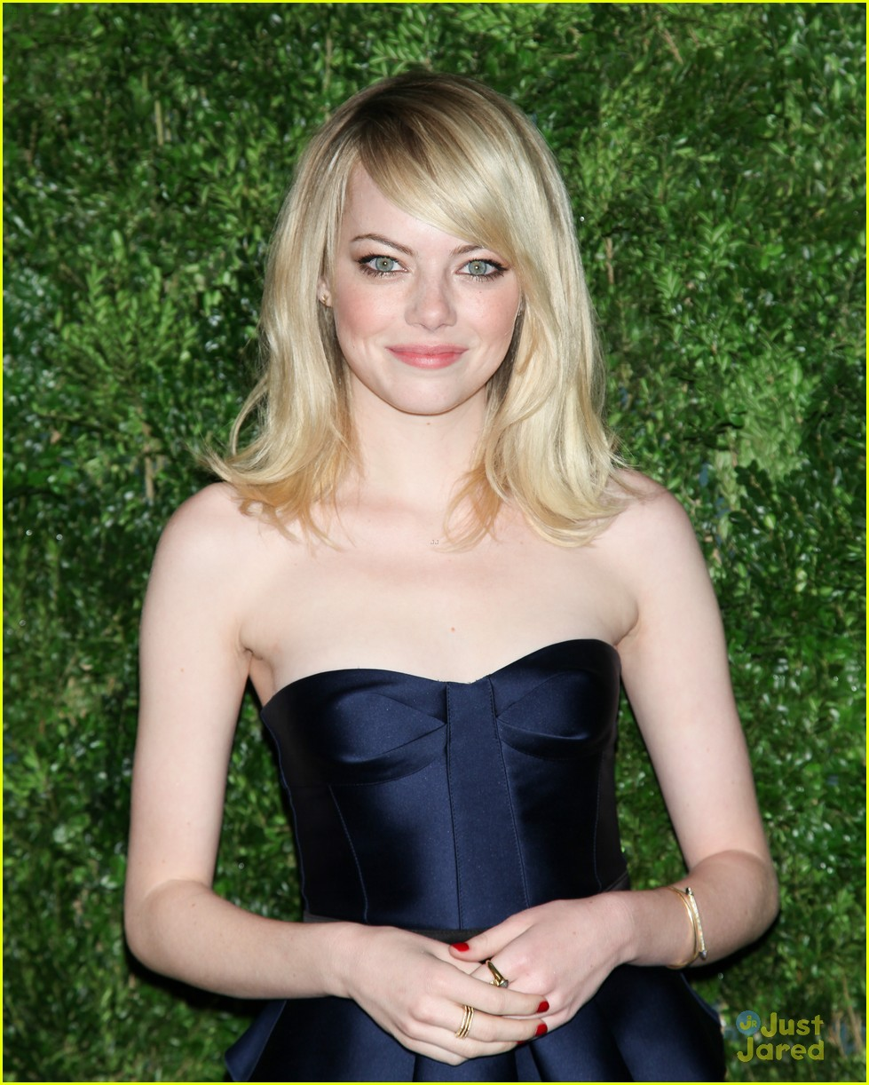 emma stone cfda fashion fund awards 13