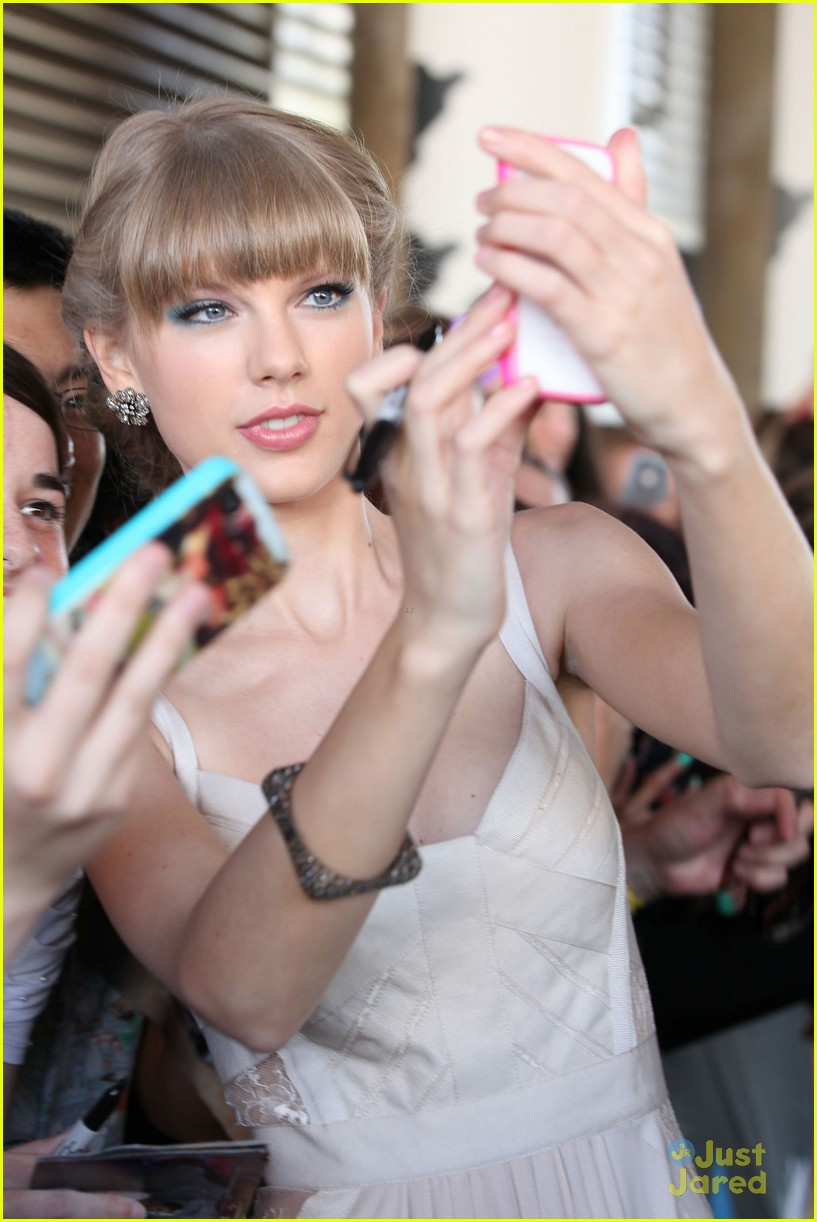 taylor swift 2012 aria awards 08