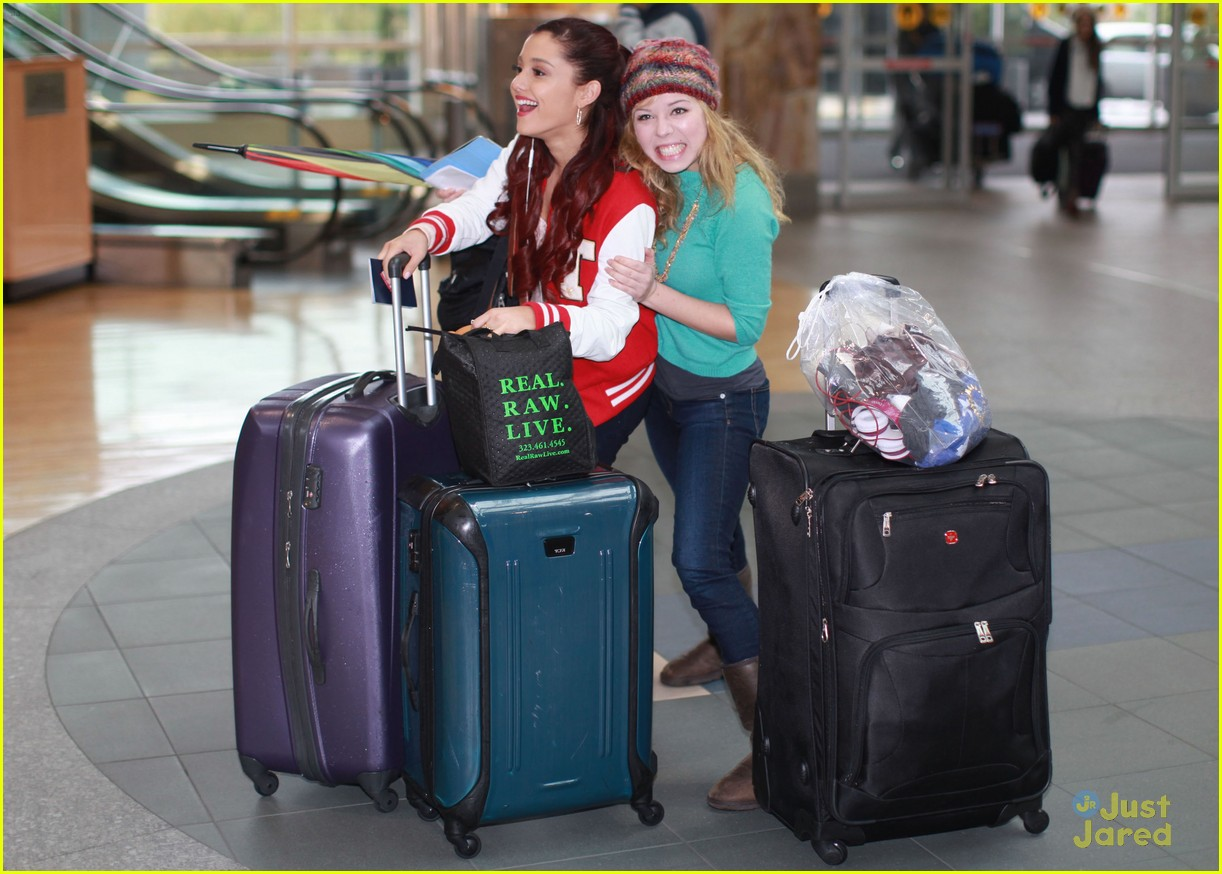 swindle cast vancouver airport 01