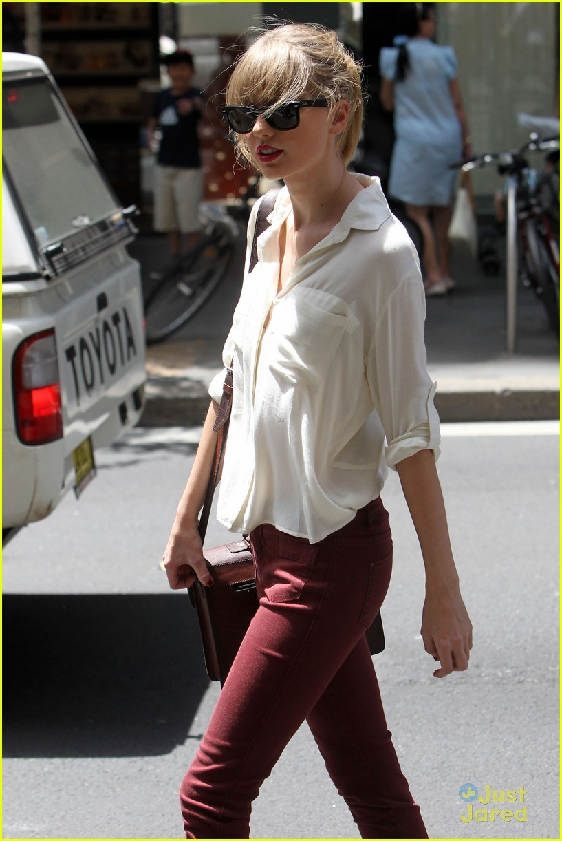 taylor swift sydney shopping spree 29