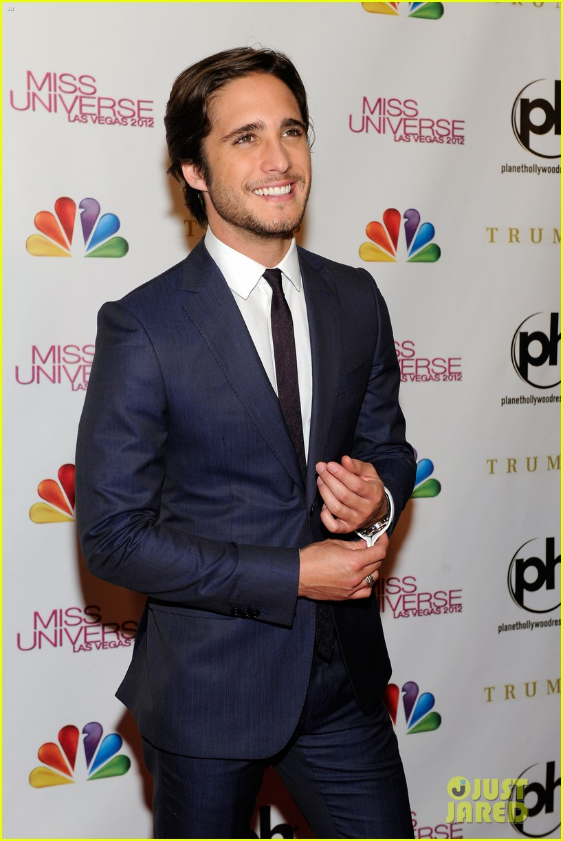 diego boneta miss universe judge 02