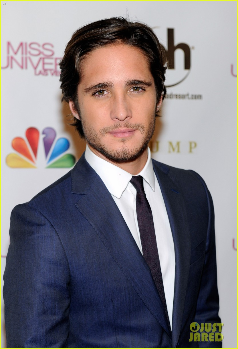 diego boneta miss universe judge 03