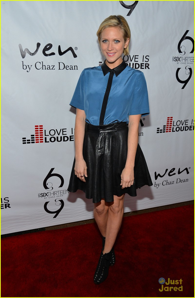 brittany snow chaz dean party 06