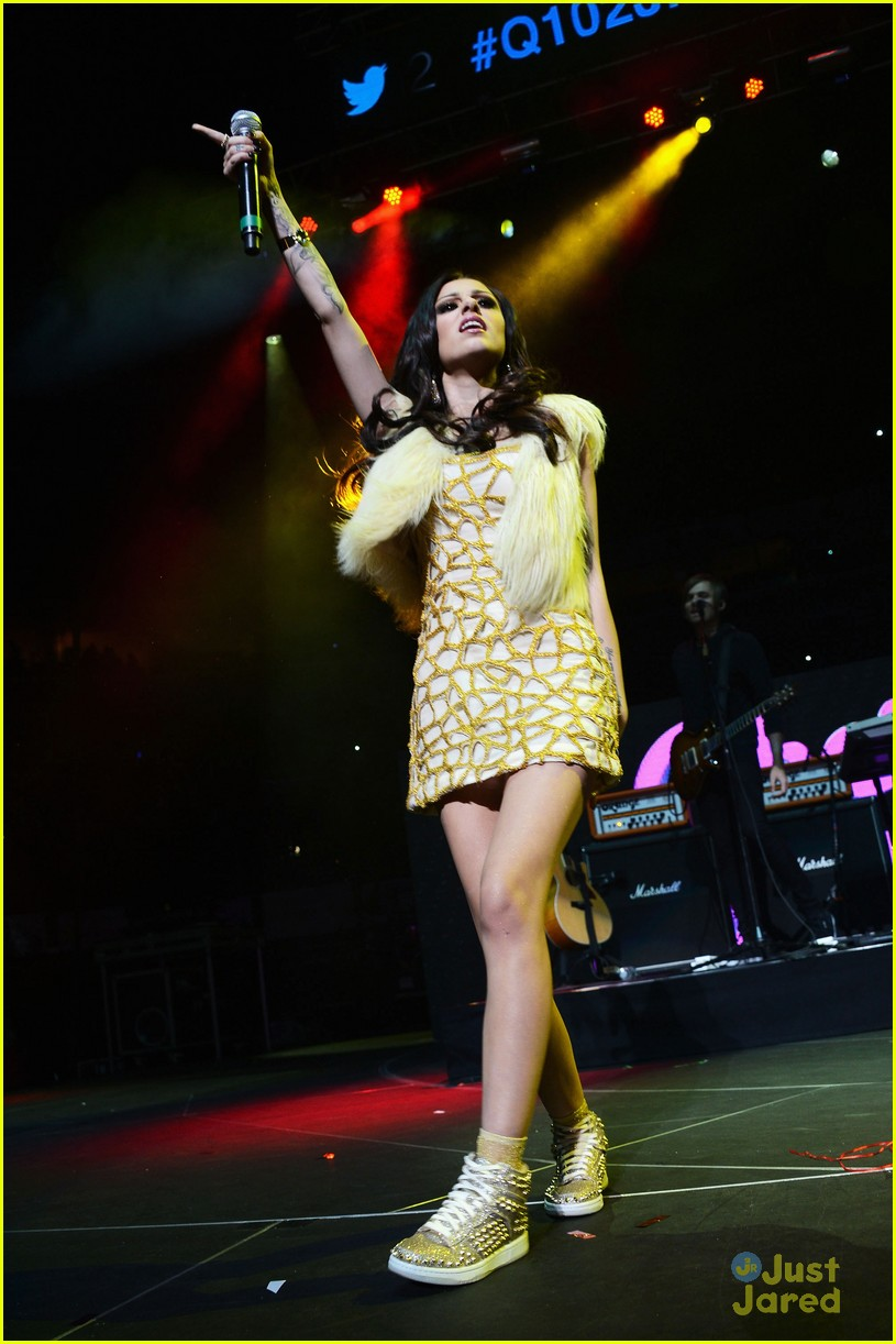 cher lloyd q102 jingle ball 12