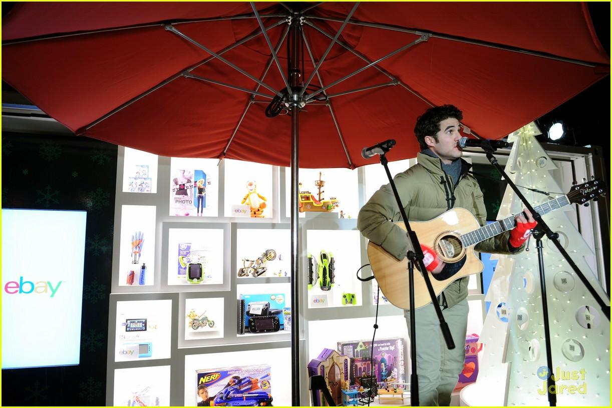 darren criss ebay holiday concert 08