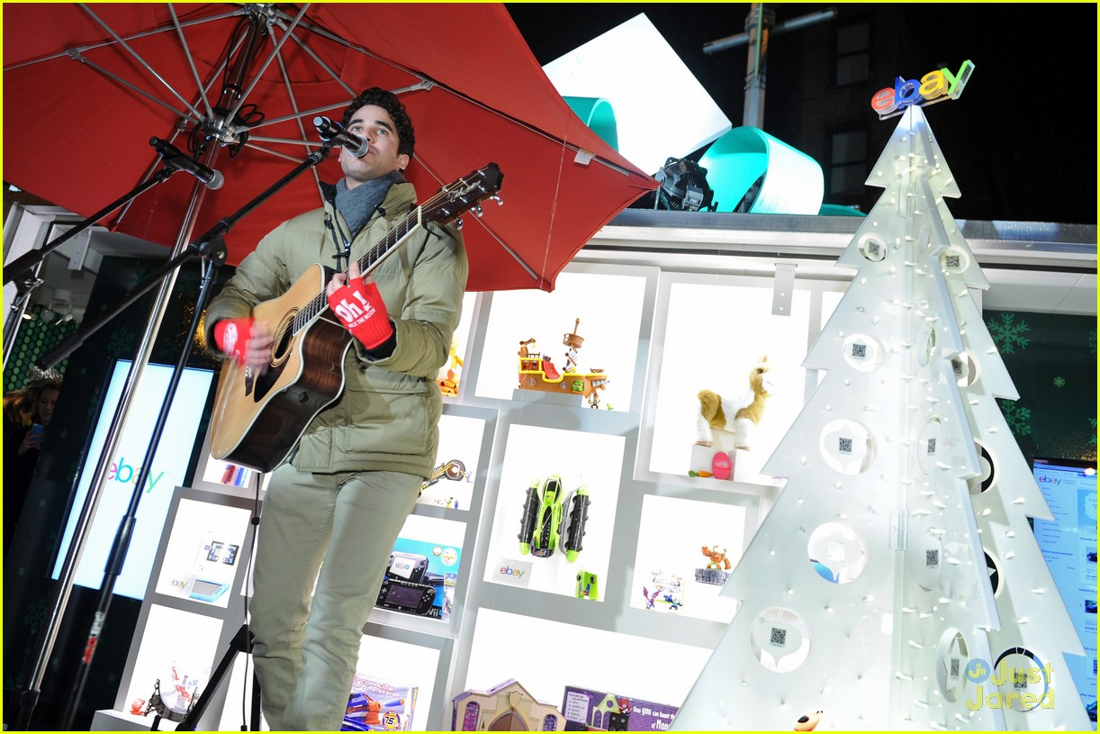 darren criss ebay holiday concert 14