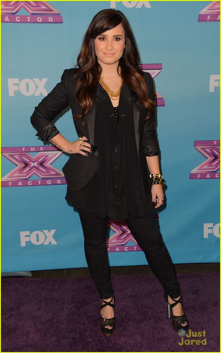 demi lovato xfactor finale 02