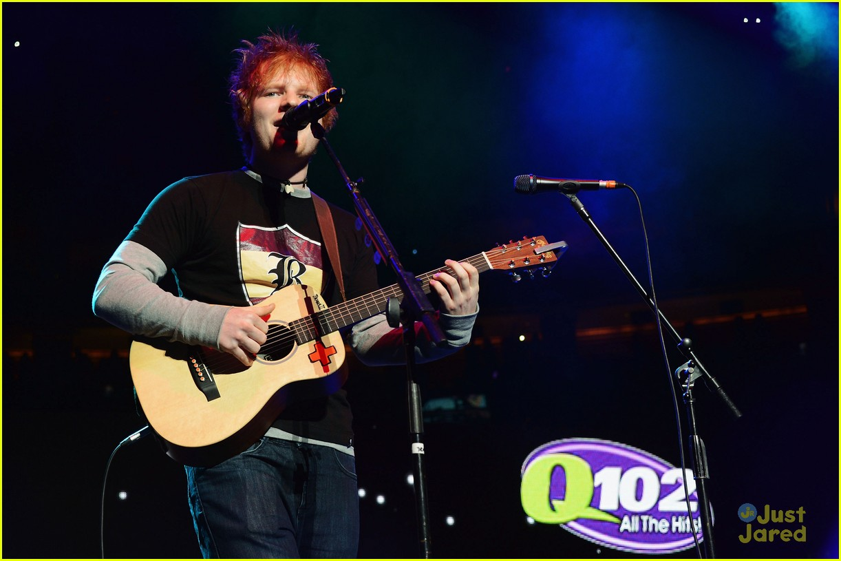 ed sheeran q102 jingle ball 08