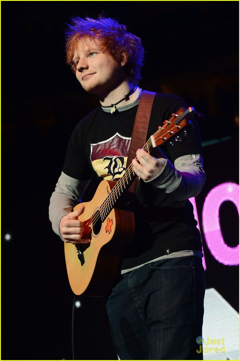 ed sheeran q102 jingle ball 10