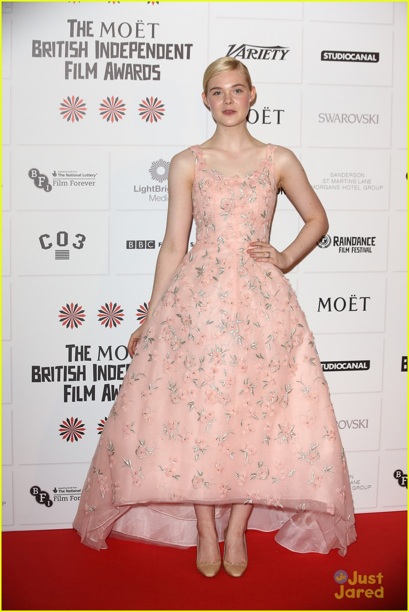 elle fanning british independent awards 02