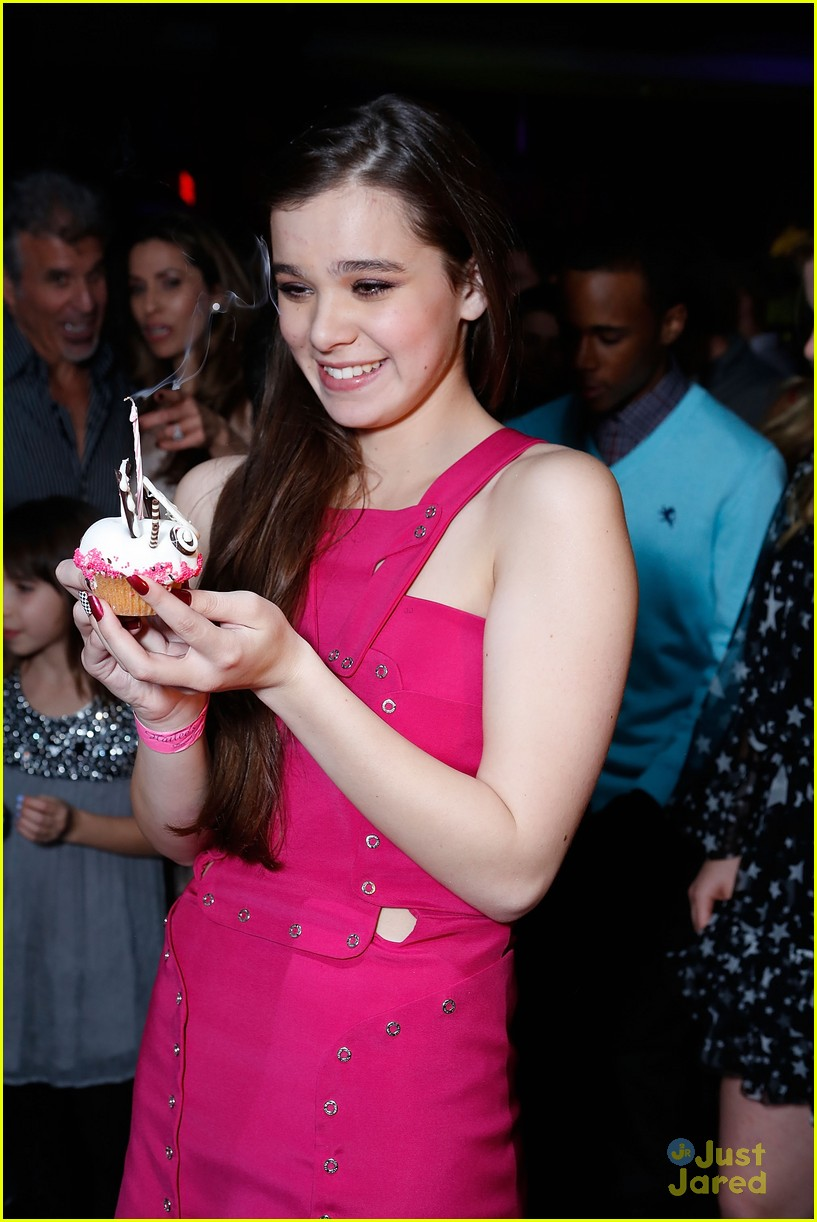 hailee steinfeld sweet 16 party 26