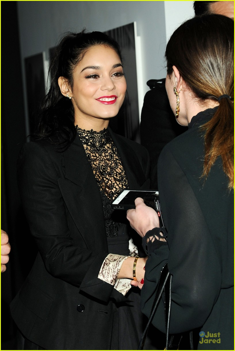 vanessa hudgens charity meets fashion holiday celebration 04