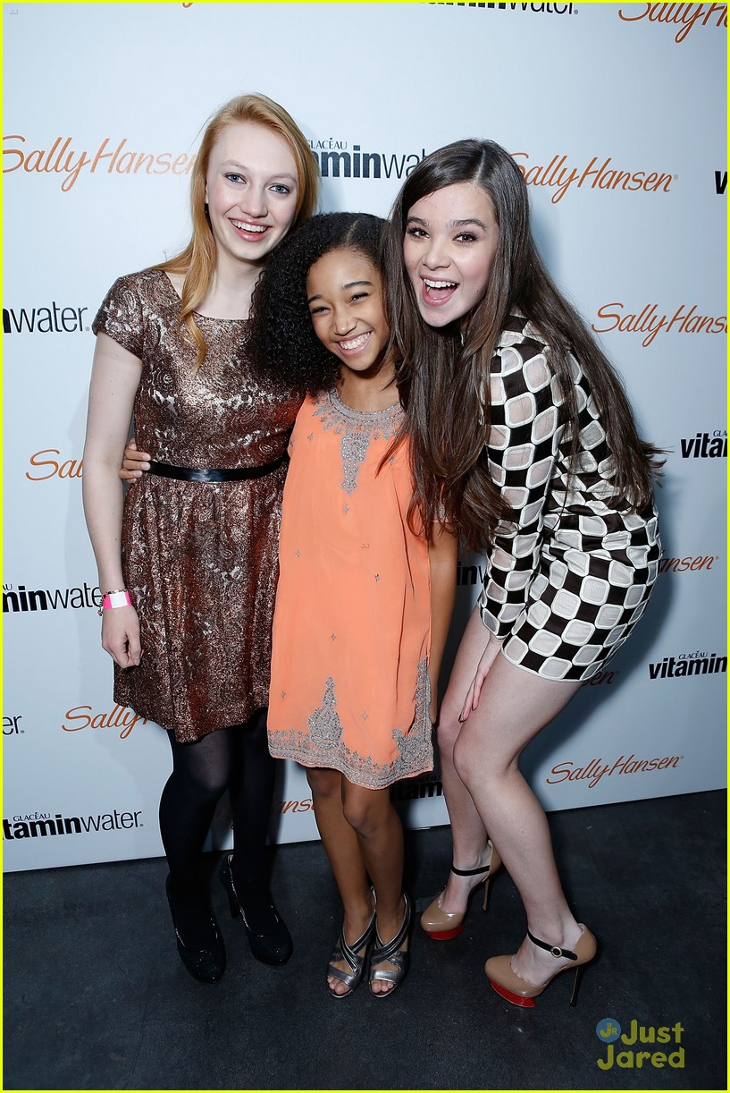 jackie emerson amandla stenberg hailee bday 16