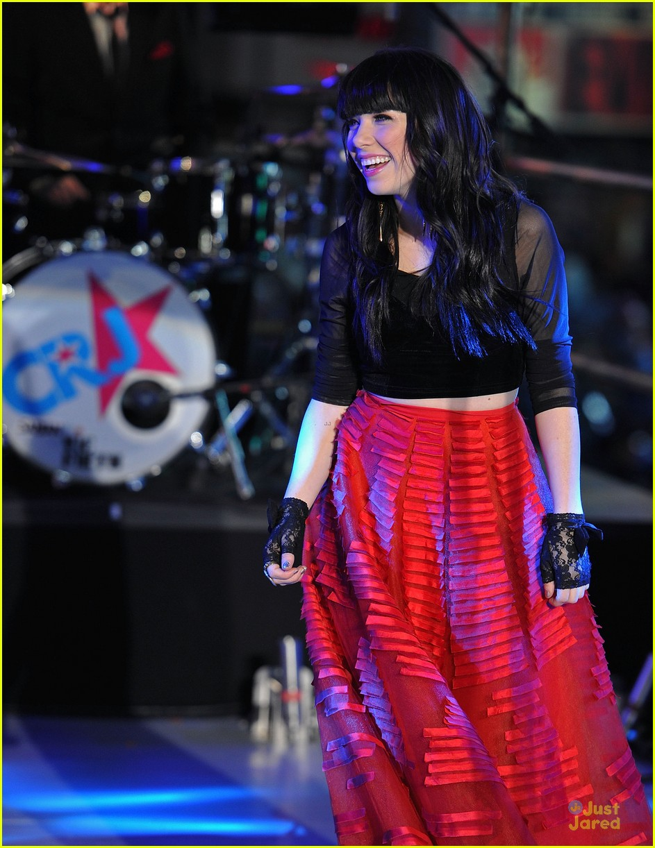 carly rae jepsen dick clark's new year rockin eve with ryan seacrest 09