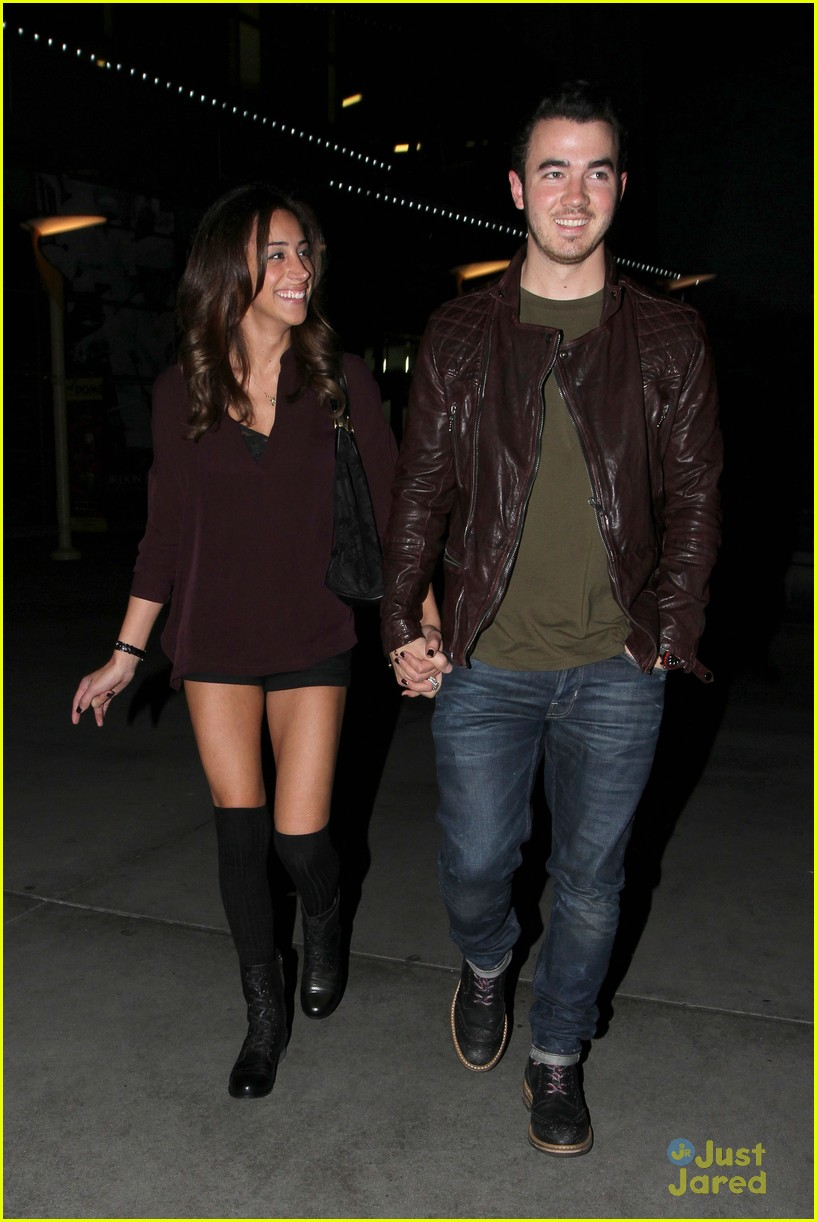 kevin danielle jonas movie date 06