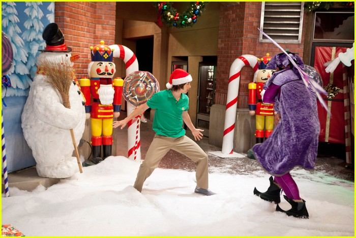 kickin it christmas nuts stills 01