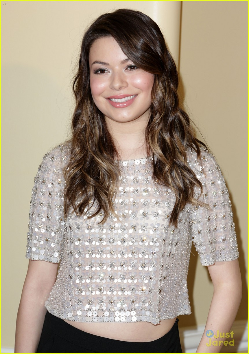 miranda cosgrove defense fund 09