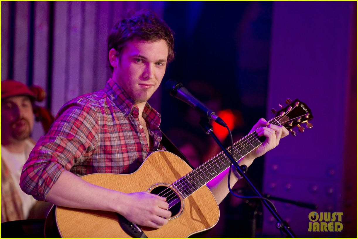 phillip phillips muchmusic studio stop 02