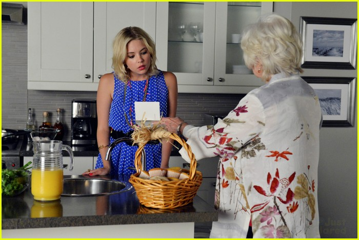 pll winter premiere pics 14