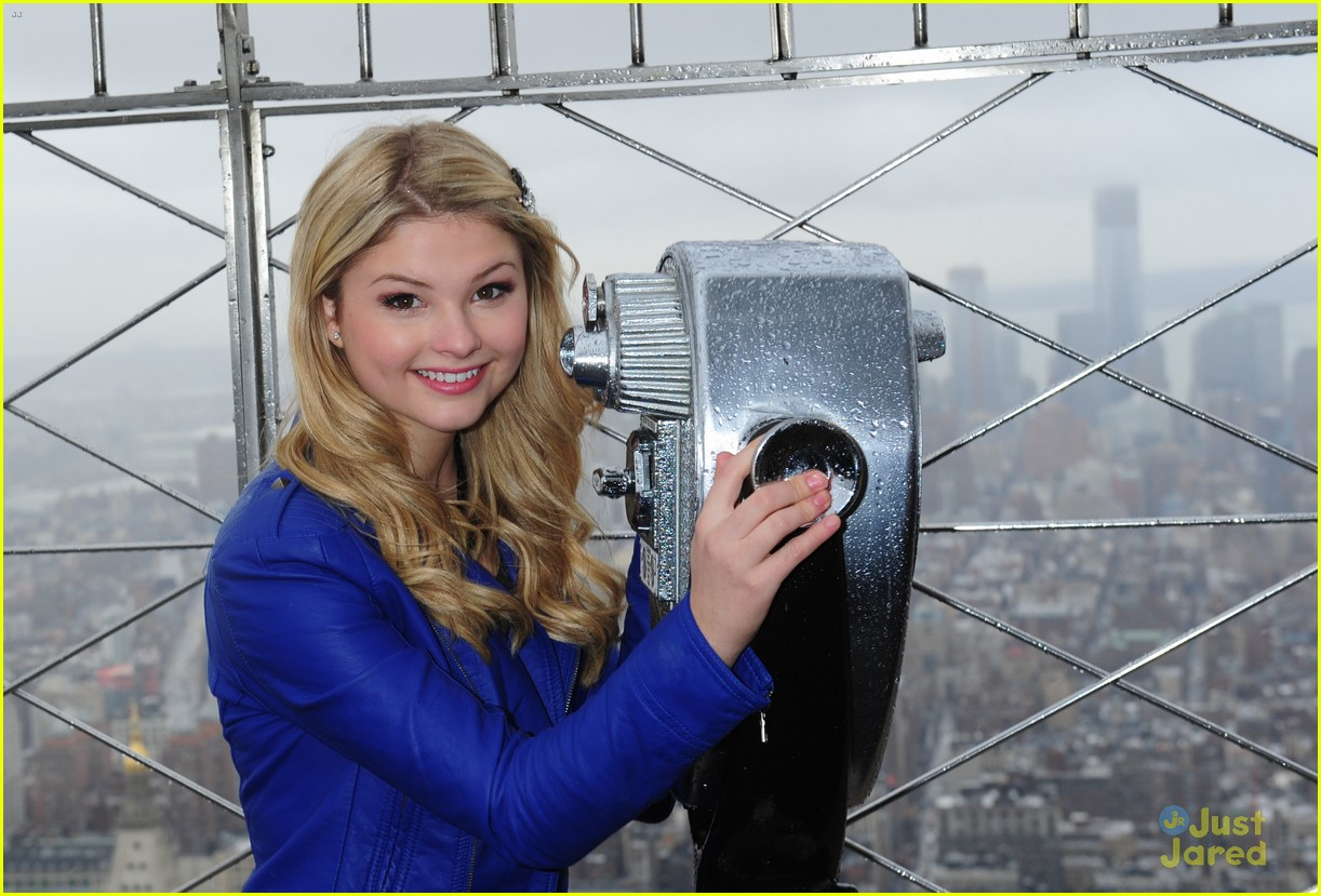 stefanie scott empire state 02