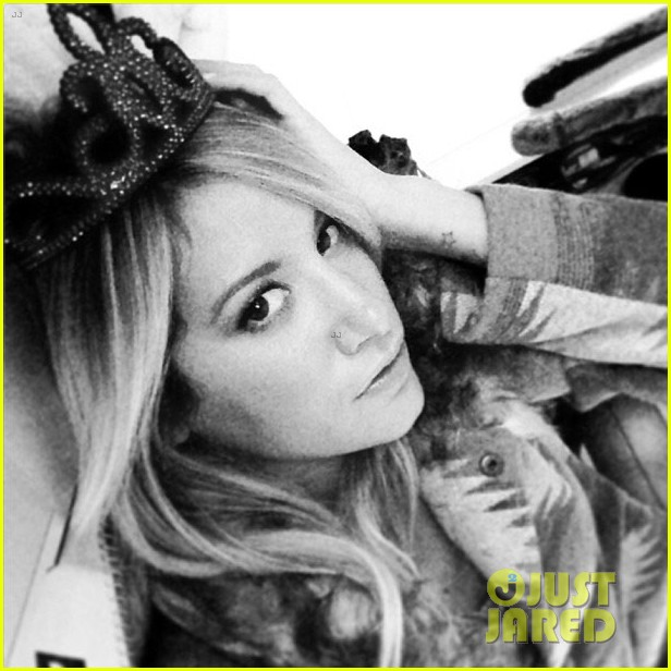 ashley tisdale instagram photo shoot 02