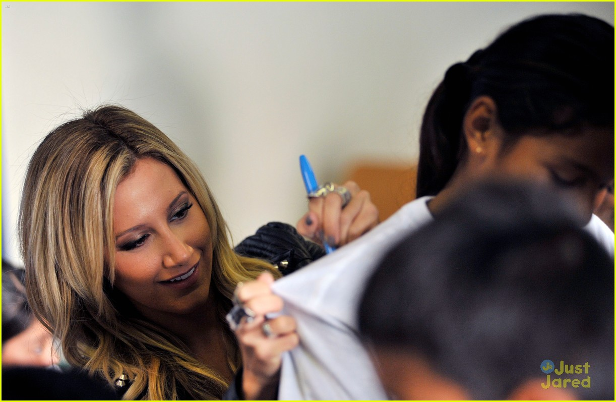 ashley tisdale puma las best 20