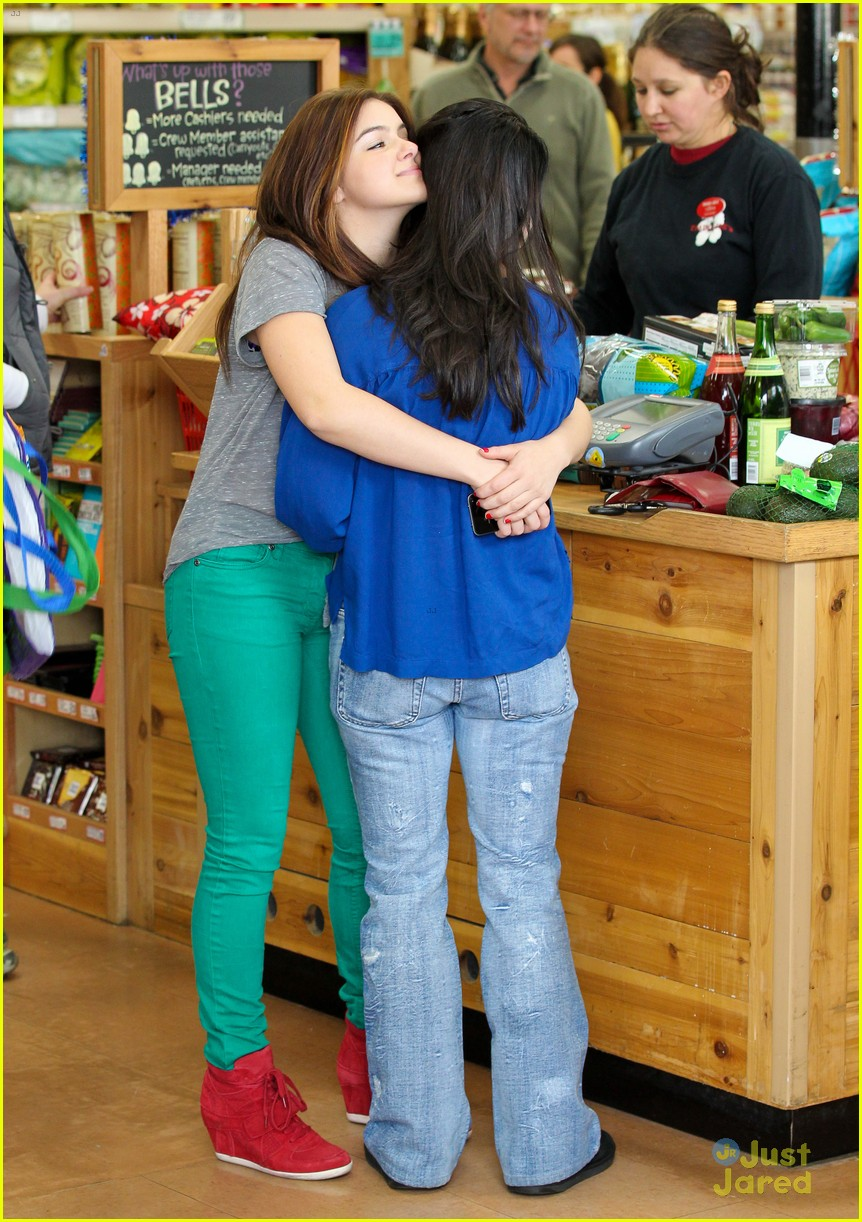 ariel winter hair trader joes 02