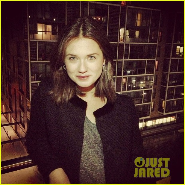 bonnie wright new shorter haircut