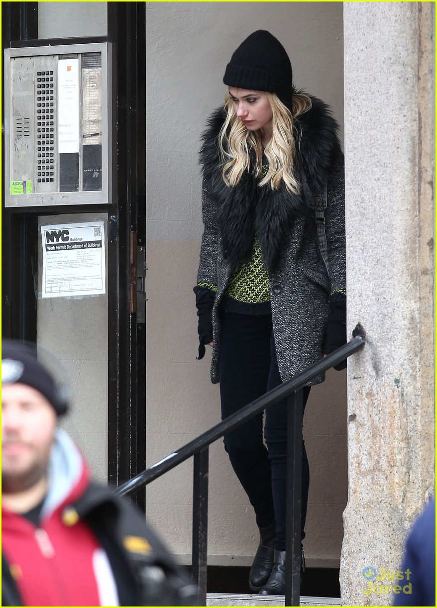 zac efron imogen poots dating cute meet 10