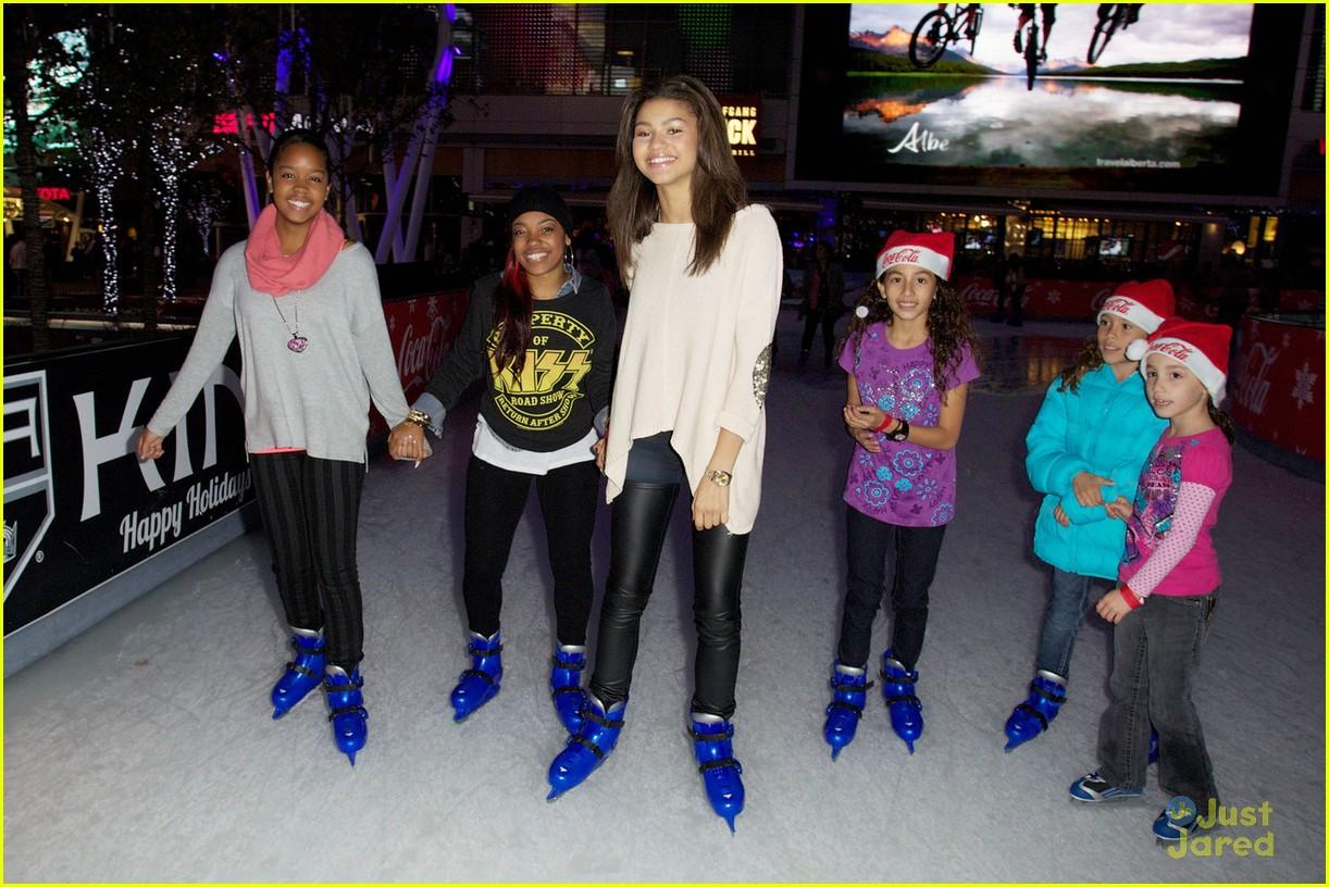 zendaya coleman skateboarding - photo #18