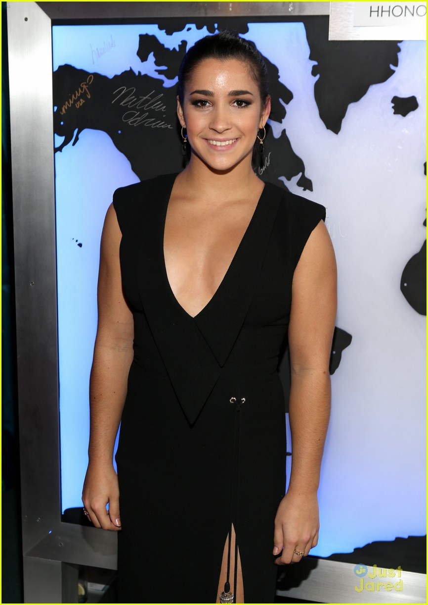 aly raisman gg parties 08