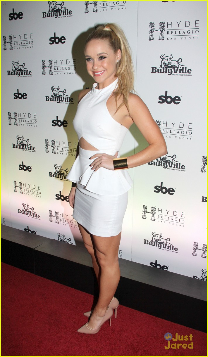 Becca Tobin: 27th Birthday Bash in Vegas! | Photo 527023 - Photo Gallery | Just Jared Jr.