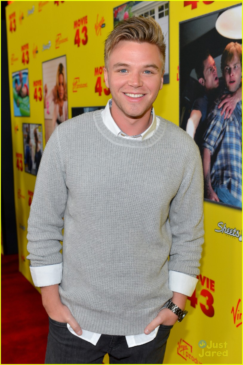 brett davern movie 43 premiere 02