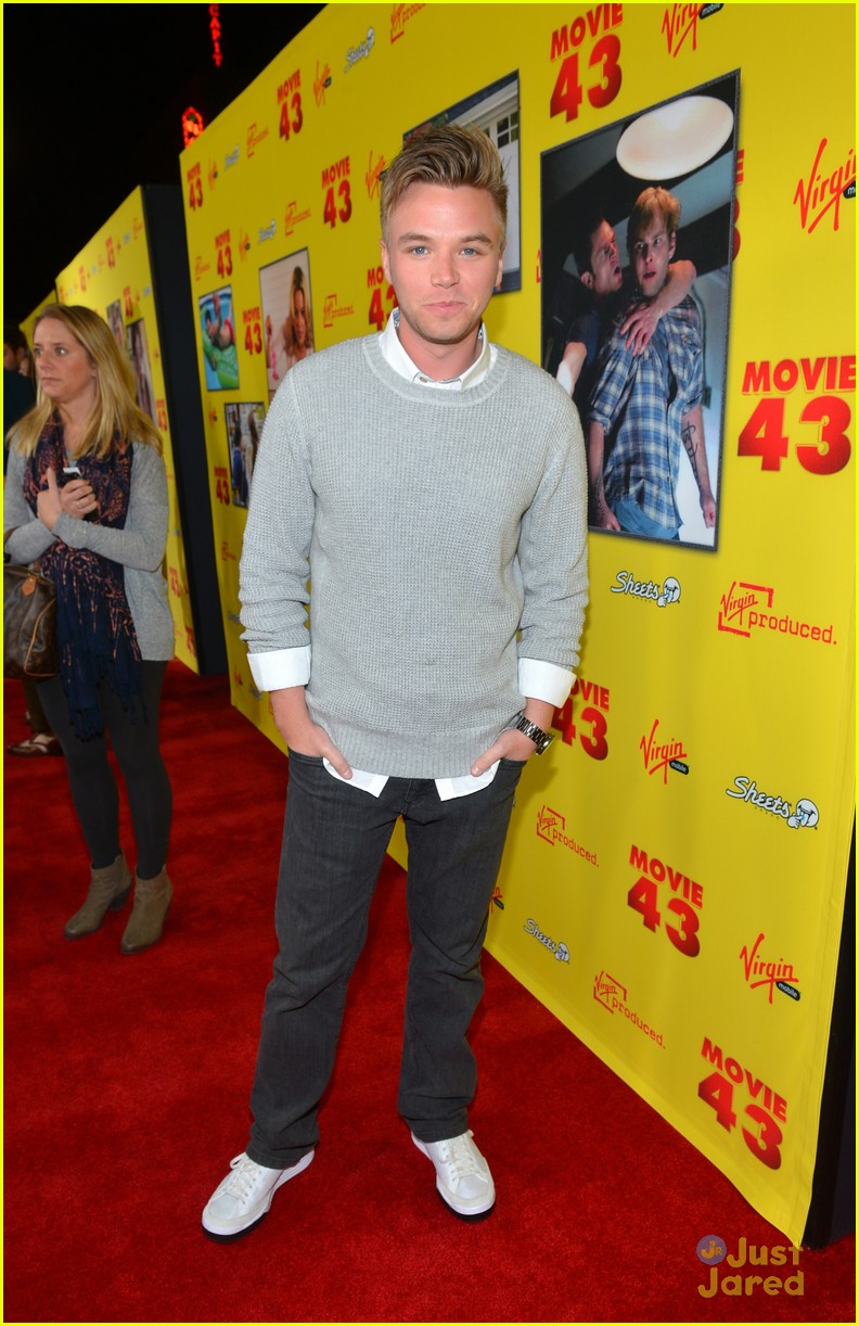 brett davern movie 43 premiere 03