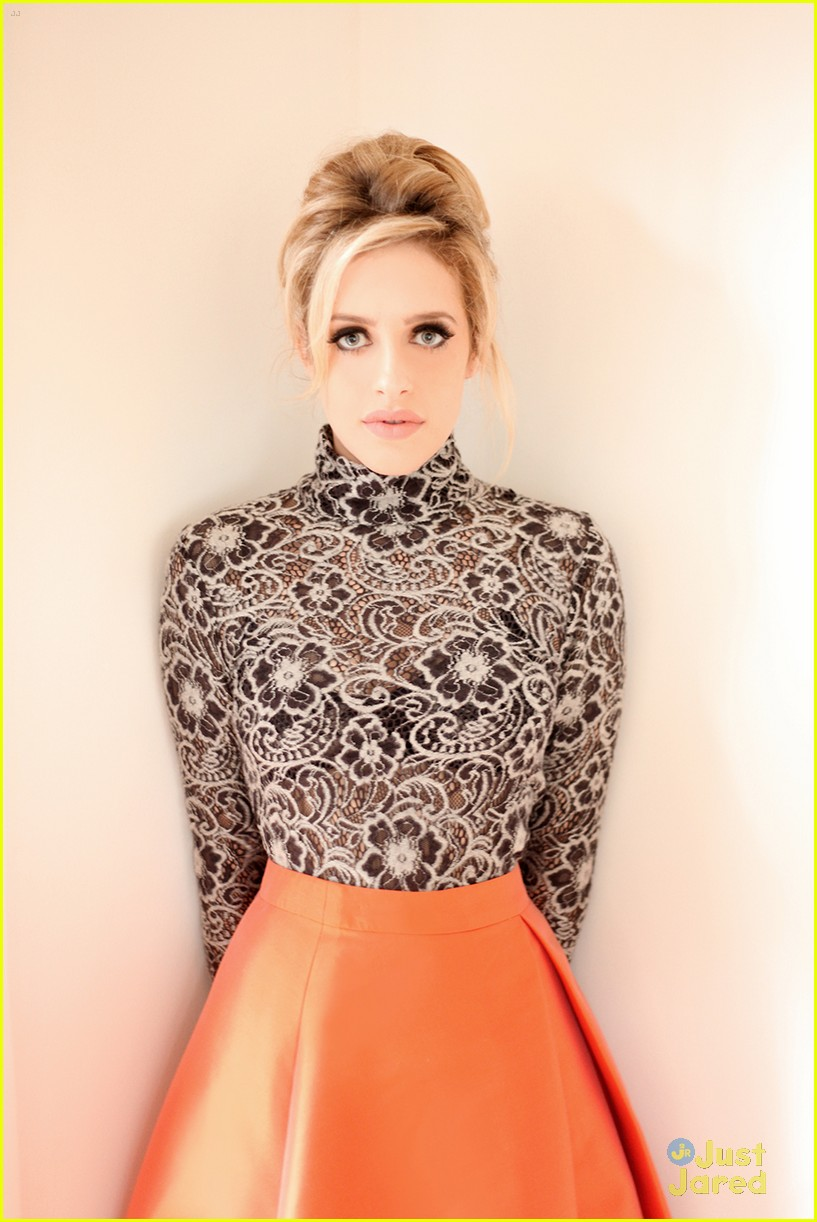 carly chaikin jjj portraits 02