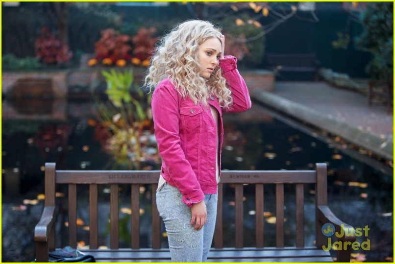 annasophia robb carrie read use 03