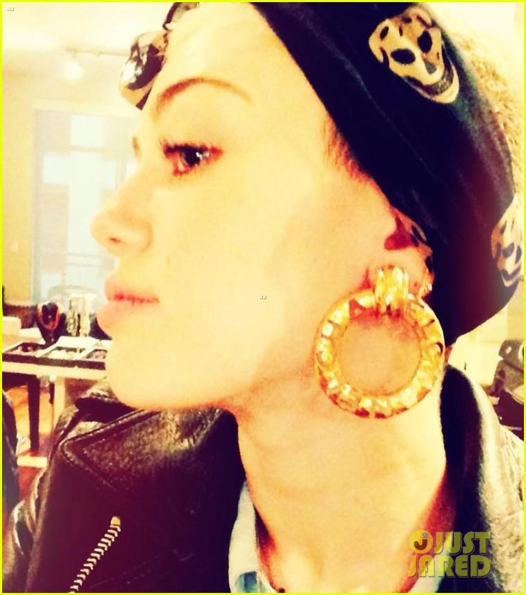 miley cyrus instagram fashion shoot 03