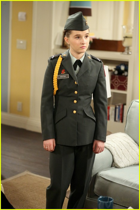 kaitlyn dever lms jrotc 04