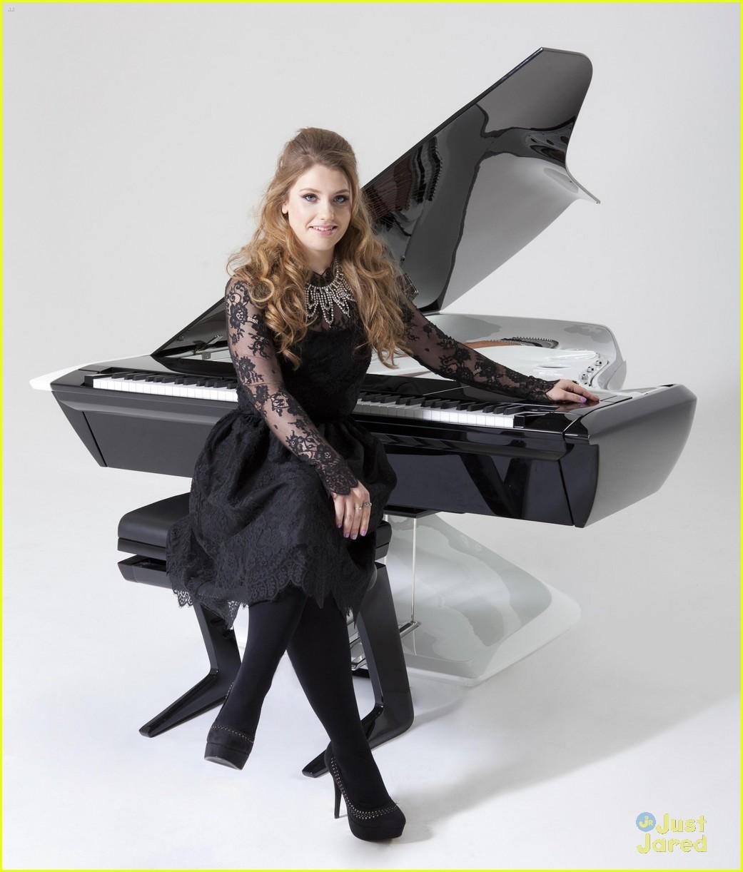 ella henderson peugeot piano 03