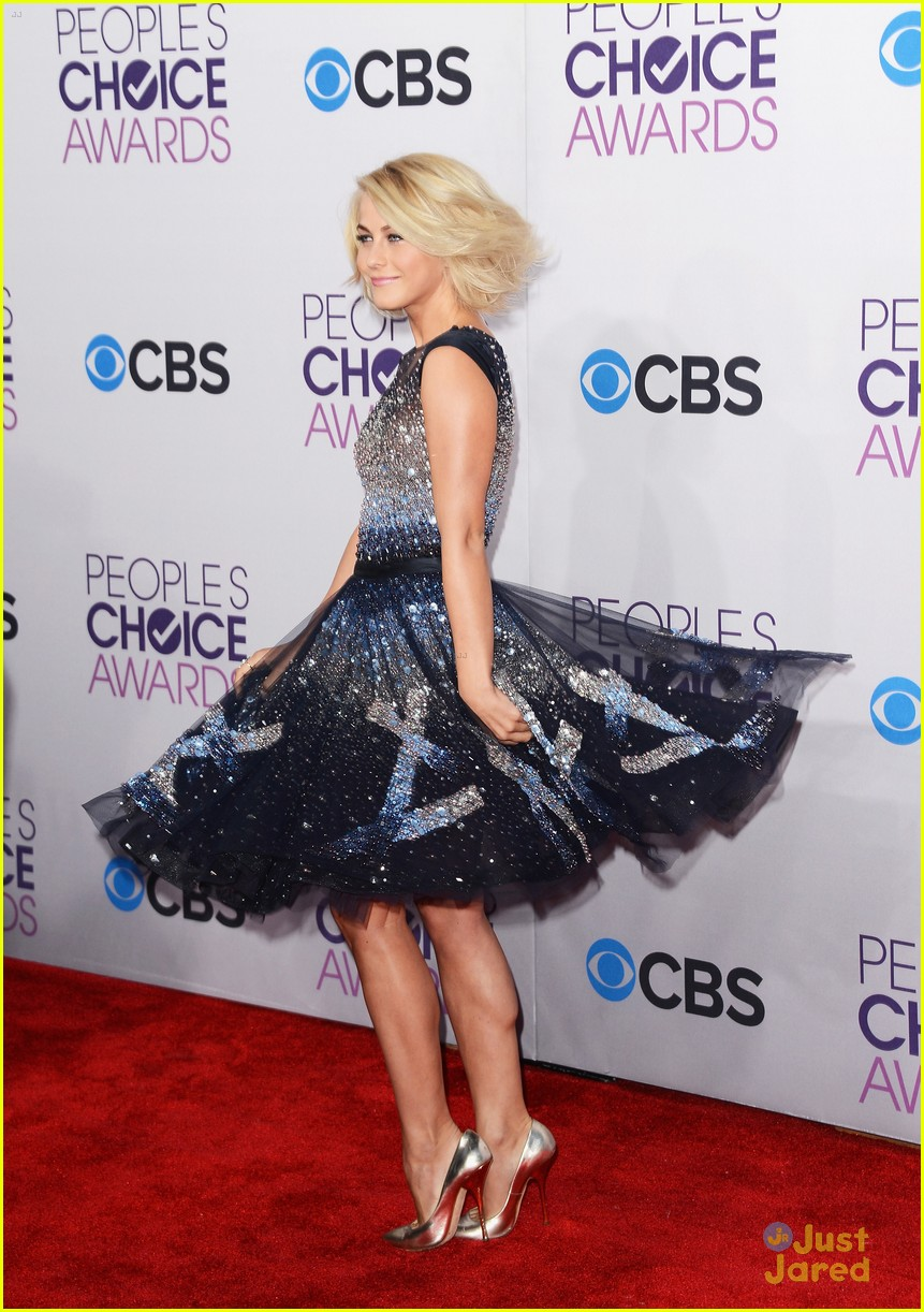 julianne hough pca 2013 06