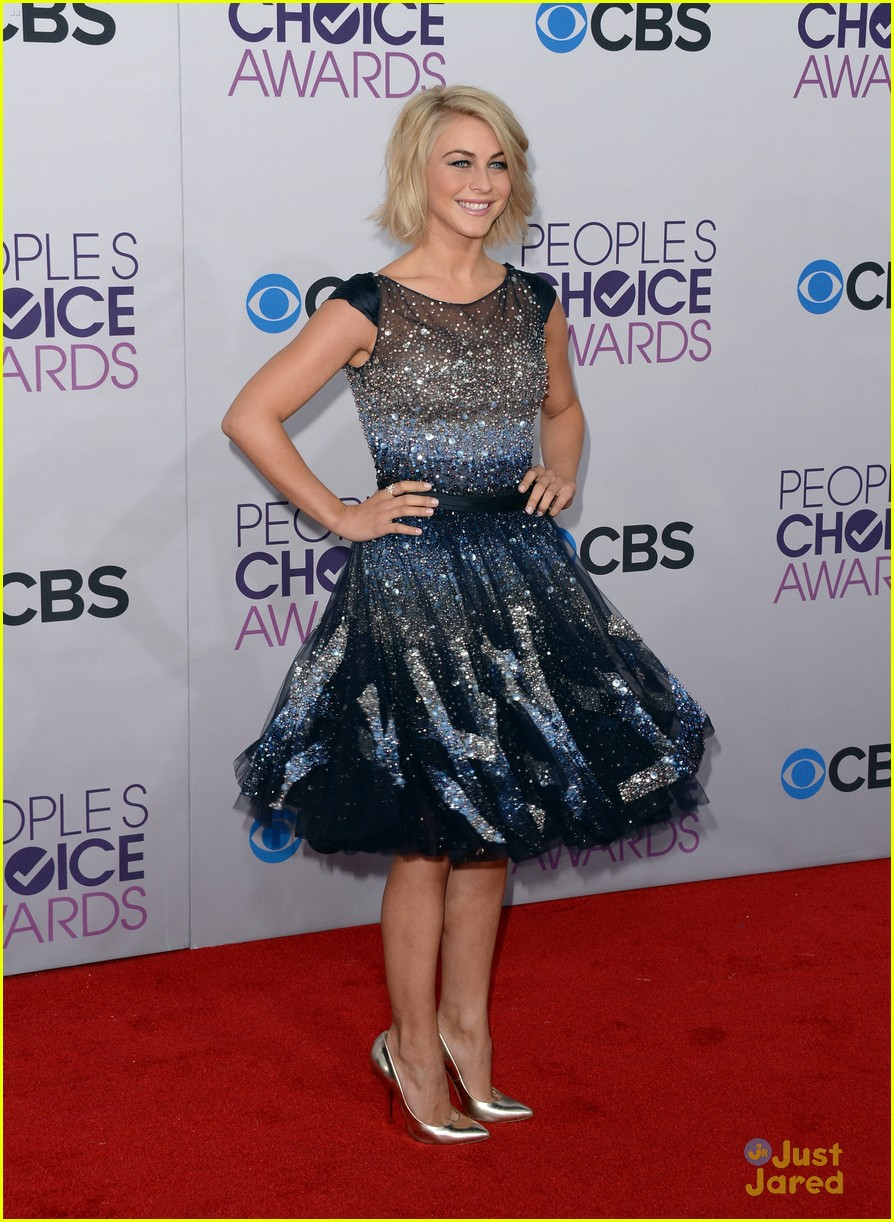 julianne hough pca 2013 18