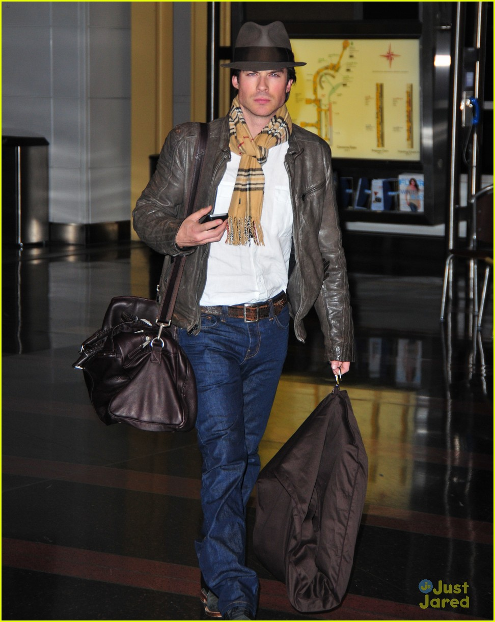 ian somerhalder missed inauguration 03
