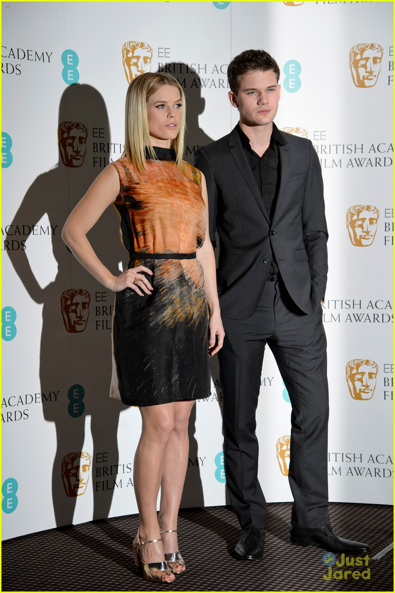 jeremy irvine bafta nominations 07