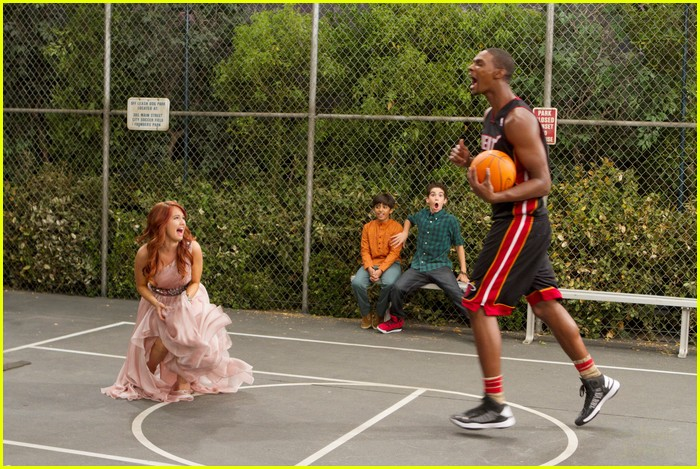 chris bosh guest star jessie 16