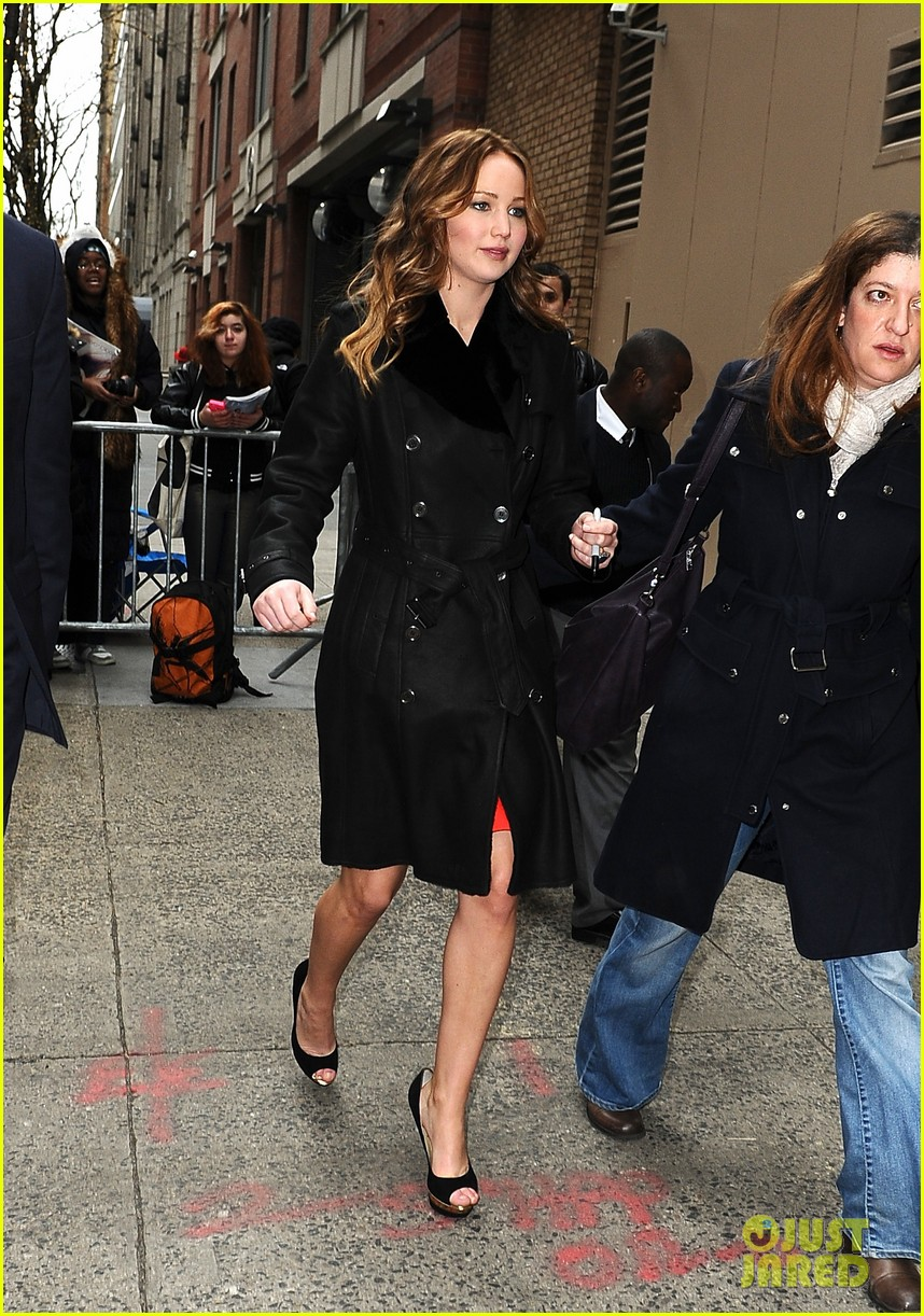 jennifer lawrence live with kelly taping 04