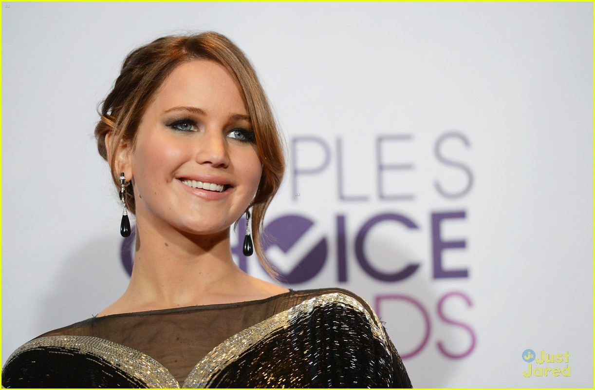 jennifer lawrence pcas 2013 03
