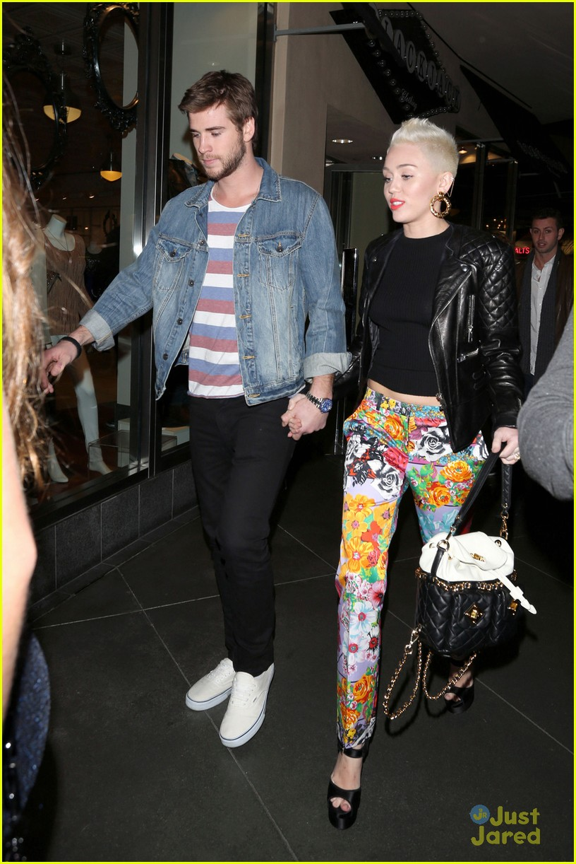 miley cyrus liam hemsworth noah bday 03
