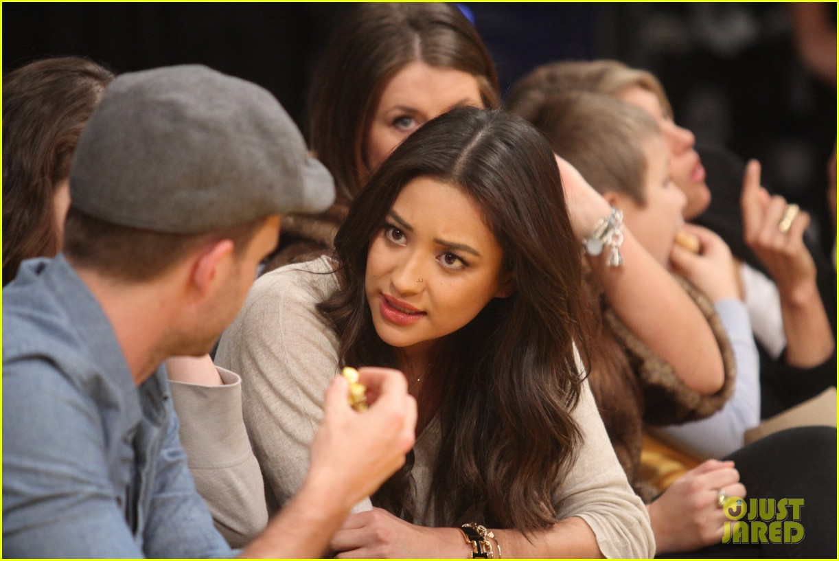 shay mitchell troian bellisario lakers game girls 05