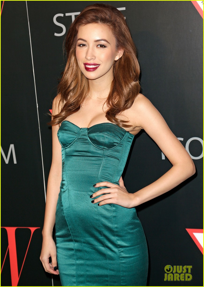 renee olstead christian serratos 30 years of fashion and film red carpet 23